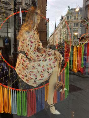 mag lifestyle magazin online reisen urlaub travel österreich wien kärntnerstrasse graben rotenturmstrasse kohlmarkt shopping sommer summer