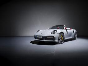 MAG Lifestyle Magazin Auto Motor Sport neu Porsche 911 Turbo S Coupé Cabriolet Spitzen elfer