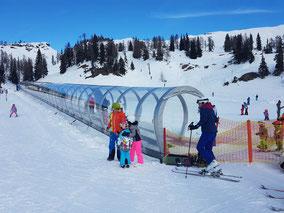 mag lifestyle magazin online reisen urlaub österreich bad mitterndorf tauplitz skiurlaub skiferien kinder kinderskiparadies kinderskigebiet skilehrer leistbares skivergnügen
