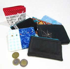 Geldbörse schwarz mit Spinnennetz
