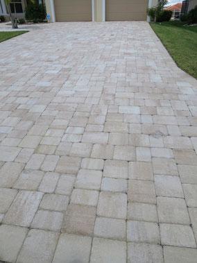 Pflastersteine für die Auffahrt - Villa Sanibel Shell