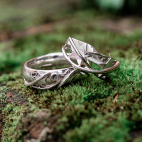 Ivy Leaves Rings - Wedding Rings - New Forest Wedding Shoot