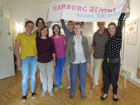 HAMBURG-atmet-Atmen-Sie-mit-Team