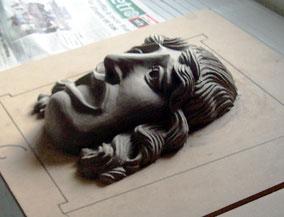 Modelado en plastilina de una máscara de teatro, romana. Para el Museo del Teatro Romano de Caesaraugusta