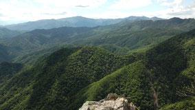 飛龍山の絶景スポット「禿岩」