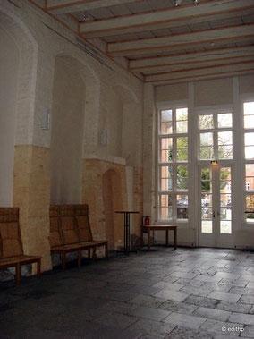Halle im Erdgeschoss