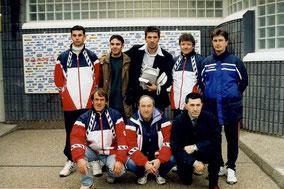 Gianluigi Buffon avec des menbres du CFGB (FC Parmes 2001)