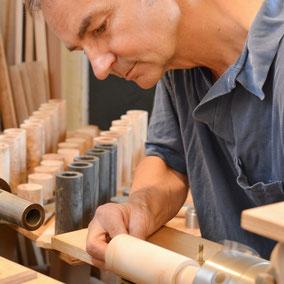 Sorgfältige Handarbeit und Fertigung bei Michael Beständig - für Pfeffermühlen und Salzstreuer Rohlinge