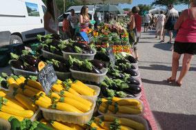 Bild: täglicher Markt in Velleron, Vaucluse, Provence