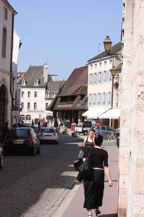 Bild: in den Straßen von Beaune