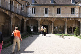 Bild: Couvent des Cordeliers in Beaune