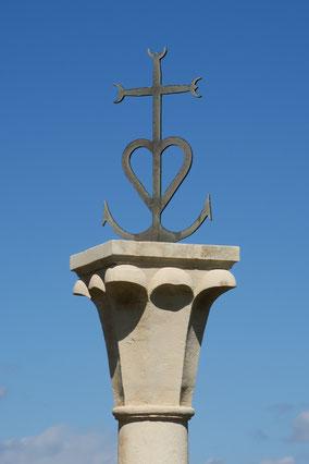 Bild: Kreuz in Saintes-Maries-de-la-Mer