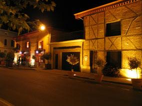Bild: Restaurant L´Ancienne Auberge am Abend