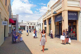 Sicilia Outlet Village Private Shopping Tour