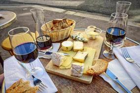 Индивидуальная экскурсия на сыроварню у подножия Этны с дегустацией сыров и вин