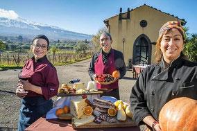 Индивидуальная экскурсия на агроферму у подножия Этны и традиционный сицилийский обед на природе