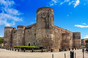 Catania Private Walking Tour from Messina, Catania or Taormina Ursino Castle