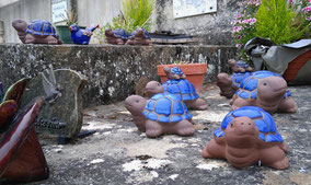 tortues-figurines-monument-funerair-enterrmeent-pompes-funebres-avignon-le-thor-84-vaucluse