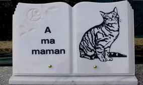 plaque-funeraire-livre-gravure-chat-personnalisee