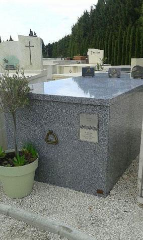 caveau-funeraire-beaume-de-venise