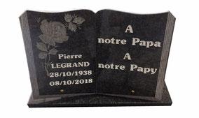 livre-granit-noir-afrique-gravures-lettres-balnches-livraison-domicile