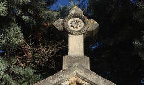 pompes-funebres-vauclusiennes-monument-funeraire-beaumes-de-venise
