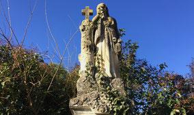 marbrerie-vauclusienne-monument-funeraire-nettoyage