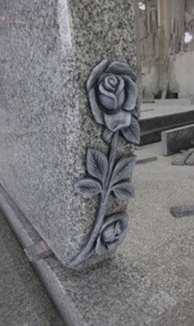 stele-cimetiere-cercueil