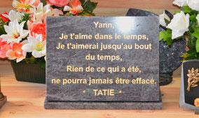 plaque-funeraire-gravure-or