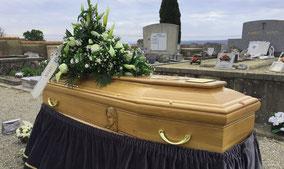 visgae-gravure-vierge-marie-cercueil-chene-massif