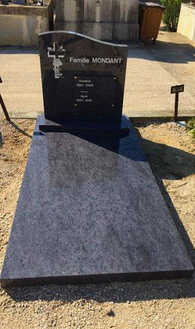 monument-funeraire-cimetiere-orange-saint-clement