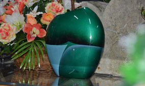 urne-cineraire-resine-laquee-melian-verte