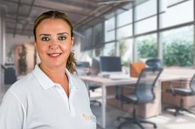 Portraitfoto von Silja Kaufmann, medizinische Masseurin BODYALARM