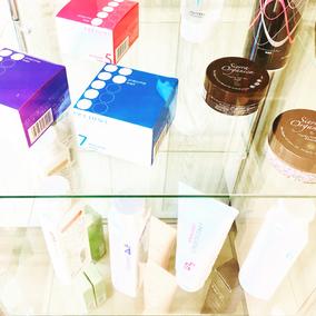 千葉駅ヘアサロンのスタイリング剤&シャンプー写真