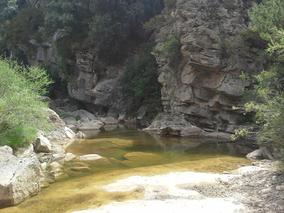 sejour zen aragon sierra de guara bien-etre naturisme marche consciente ressourcement therapies holistiques piscine naturelle