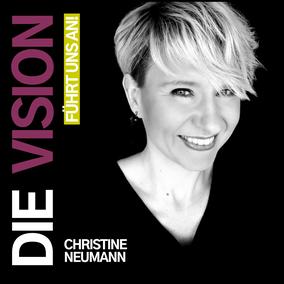 Christine Neumann auf dem Podcast-Cover