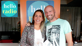 Hello Radio interview met Anne Kien trainer, auteur spreker van Motivatio en haar partner Armand