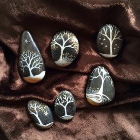 Arbres  acrylique blanc, or et argent - 6 galets gris anthracite - vernis brillant