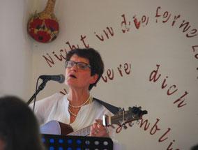 Siegi Wilke bei einem Privatkonzert im Kloster Jerichow 2016