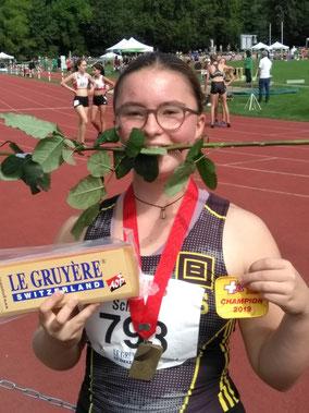 Gold im U16-Hammerwurf: Katharina Schwarz (Foto: Daniel Meili)