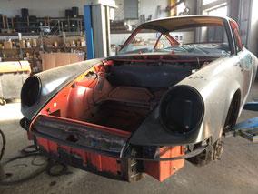 Porsche 911 RS Reinigung Unterbodenschutz