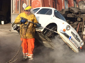 Puch 500 S Unterbodenschutz entfernen, Restaurierung