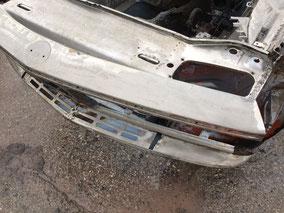 BMW 3.0 CS CSL Entferung Unterboden, Entlackung Karosserie