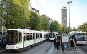 "Tramway de Nantes en ""site propre"""