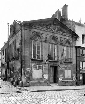Pavillon de surveillance du marché aux chevaux (devenu alors commissariat) rue Geoffroy Saint-Hilaire