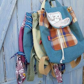 sacs à dos en toile avec animal appliqué
