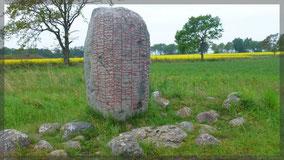 Runenstein auf der Insel Öland