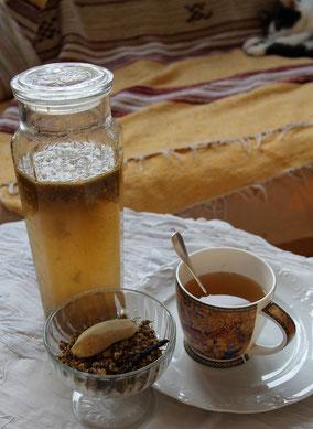 Une tisane parfaite en hiver pour coocooner, emmitouflée sur un canapé avec un bon bouquin !