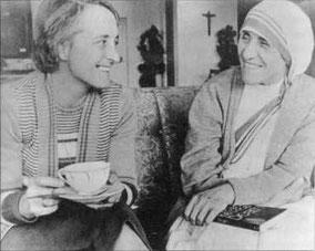 Elisabeth Kübler-Ross & Mutter Teresa / Bildrechte/Quelle: http://ekr.france.free.fr/destin.htm