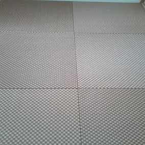カラー畳(縁無し畳)施工例へ 樹脂表セキスイ美草 市松ダークブラウン使用 畳表替え 半畳6枚 市松敷き